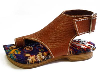 履くと特別な気持ちになる靴 JUCO./Rug:ペルシャを駆抜けた風