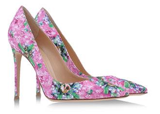 甘いヨーロッパを歩く〜エディンバラのクリームティー&メアリー・カトランズー x ジャンヴィト・ロッシの花柄パンプス