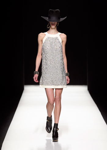 モスキーノ2012-13 秋冬コレクション