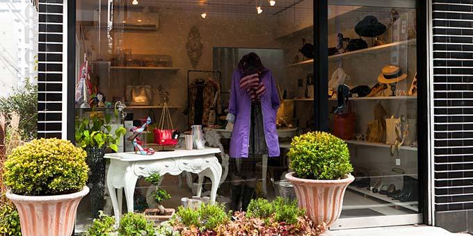 街の素敵な靴屋さんgalerie Trois Treize(ギャルリー トロワトレーズ)