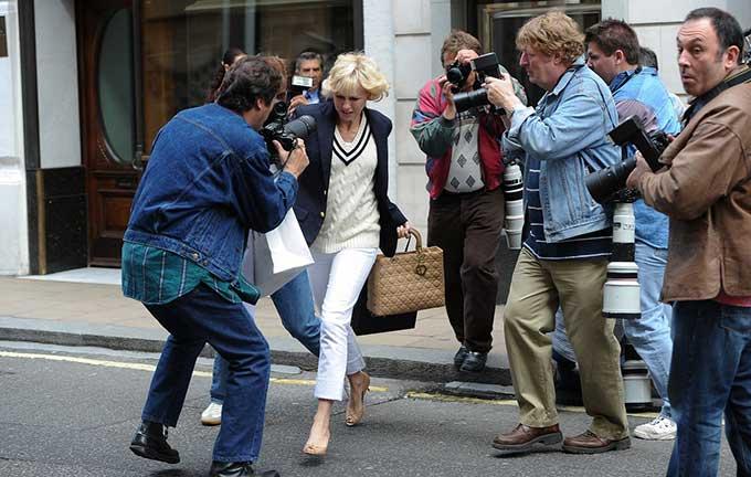映画と靴「ダイアナ」-'ファッション・アイコン'ダイアナを等身大で着こなすナオミ・ワッツのロイヤルスタイリング