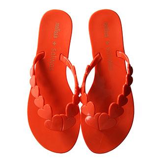 【8月のラッキーシューズ】トリトトラクタカードで読む、あなたに必要な8月のHappy靴!