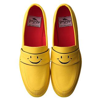 【4月のラッキーシューズ】トリトトラクタカードで読む、あなたに必要な4月のHappy靴!