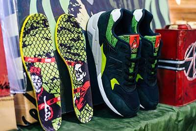 new balance×mita sneakers×SBTGのトリプルコラボスニーカー MRT580 SM
