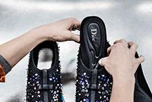Diorがクチュール感あふれる未来派スニーカーを限定リリース