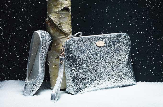 聖夜のファンタジーときらめく雪片がモチーフ、レペットのクリスマス・コレクション